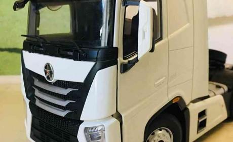 大运V9旗舰重卡模型开箱,行业首测,带您看看大运卡车模型的做工