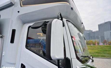 轻卡底盘改装房车有多舒适?底盘稳空间大,带您看看跃进H500轻卡房车