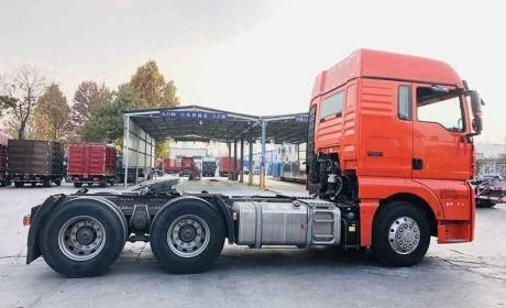 自动挡配液力缓速器,最高降价5万多,售价33.5万的汕德卡G7重卡性价比真高