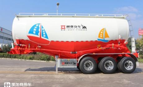 前9月粉罐车同比增长63.3%    通亚汽车夺得粉罐车市场第一