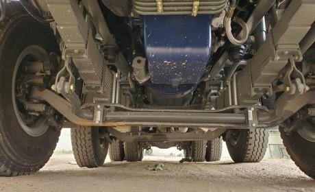 配潍柴的豪沃自卸车回来了,400马力曼技术驾驶室,不愧是工程之王