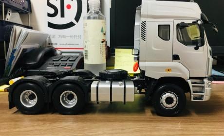 乘龙推出的第二款卡车模型,做工优秀价格美丽,乘龙M7牵引车模型开箱