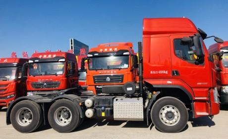 乘龙H5牵引车实拍,国六黄金动力适合多工况,配置扎实性价比还高