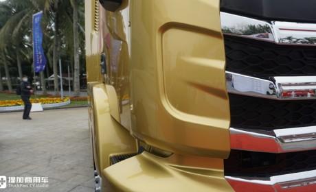 红岩杰虎迎来第六代车型,外观变得更好看了,底盘配置也大升级