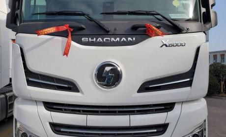 德龙X6000旗舰重卡已经全面铺货,再带您看一辆高配车型