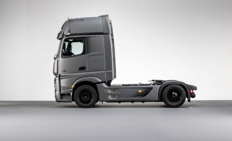 """卡车中的""""迈巴赫"""",奔驰ACTROS Edition 2"""