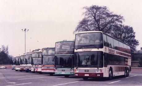 30多年前就那么豪华高端,带您看范胡尔上世纪80年代推出的那些经典公路客车