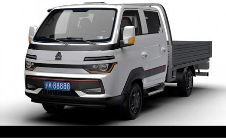 重汽豪沃最新上市的智相轿卡实拍,配自动雨刷和大灯,这内饰真豪华舒适