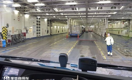 最宽处超过1.06米,卧铺最大的欧洲卡车,XXL驾驶室的沃尔沃FH在媒体评测中获好评