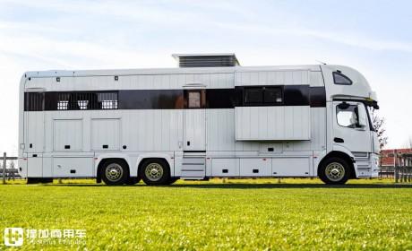 """属于""""人""""和""""马""""的豪华房车,带您见识一辆奔驰Antos底盘打造的豪华运马车"""