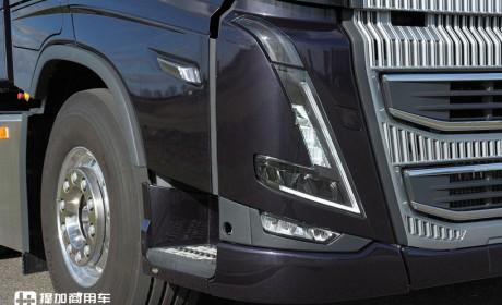 拖曳10轴挂车,总重120吨,沃尔沃卡车与老牌挂车厂联合测试新一代FH16