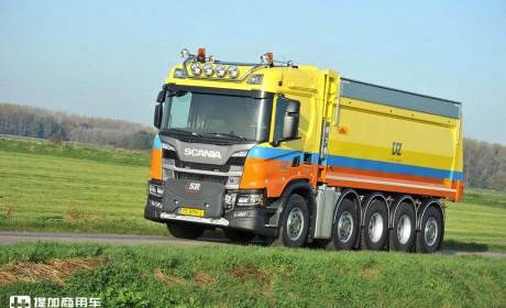 车辆总长不超8米,却容纳了5根车轴,这辆斯堪尼亚G450怎么做到的?