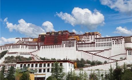 进藏五年| 比亚迪打造西藏高原纯电动客车第一品牌