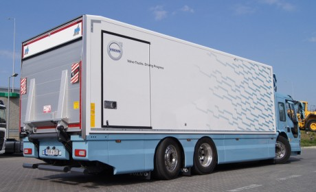 CNG动力,低入口配置的沃尔沃FE卡车,加入沃尔沃天然气卡车大家庭