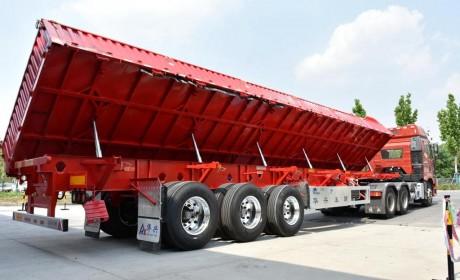 5.8吨行业最轻,华兴侧翻自卸半挂车安全性如何?
