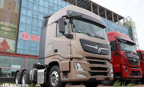 马力最大的国产旗舰卡车,2021款新外观,东风天龙KX王者版牵引车实拍