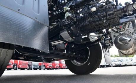 高顶双卧享运输,还看格尔发A5X载货车