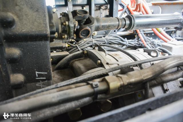 可节油30%,理念与国际接轨,陕汽这款混合动力搅拌车可能要火