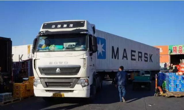 10万公里换油,百万公里突破,重汽卡车靠的就是它